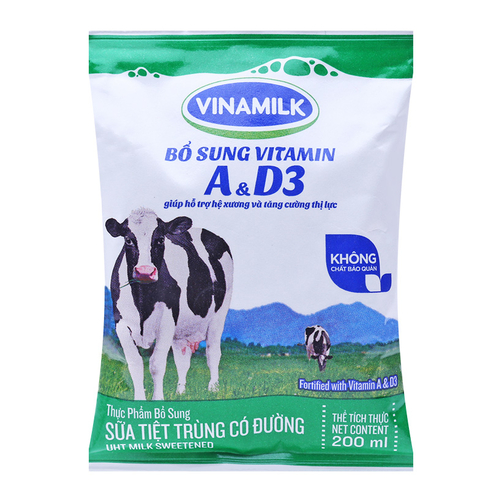 Sữa tiệt trùng Vinamilk có đường túi 200ml
